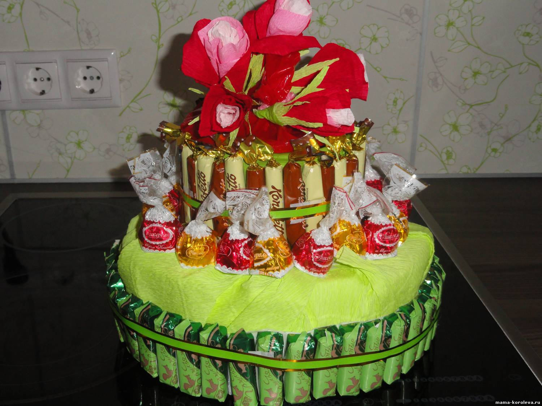 А вот мои тортики из конфет мой первый